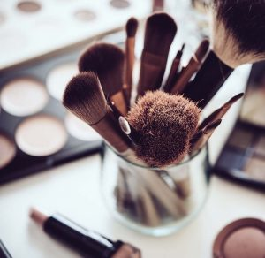 body-beautiful-clinic-home-page-delilah-makeup